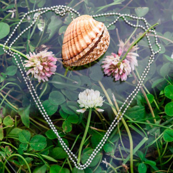 Аромакулон - Оберег с феромонами и цветочным ароматом